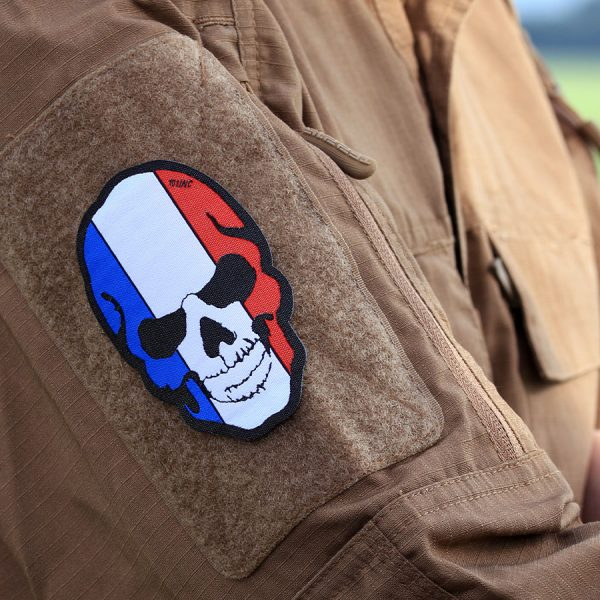, Fostex Embleem stof fijn geweven Skull Frankrijk #7141, deDump.nl